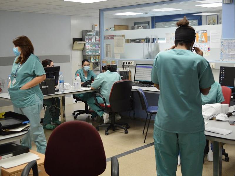 Personal sanitari de l'hospital de Palamós. (Foto: SSIBE).