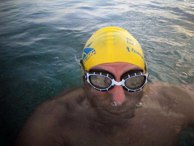Marc Ferriol, guanyador absolut masculí, va sumar 10 hores i 56 minuts nedant. (Foto: M. Ferriol).