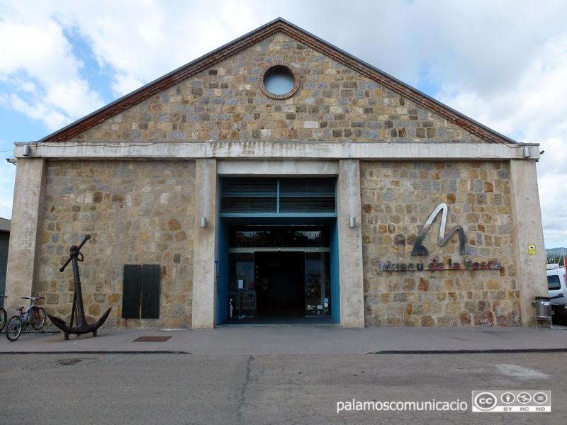 El Museu de la Pesca torna a obrir al públic la seva exposició permanent després del tancament obligat pel coronavirus.