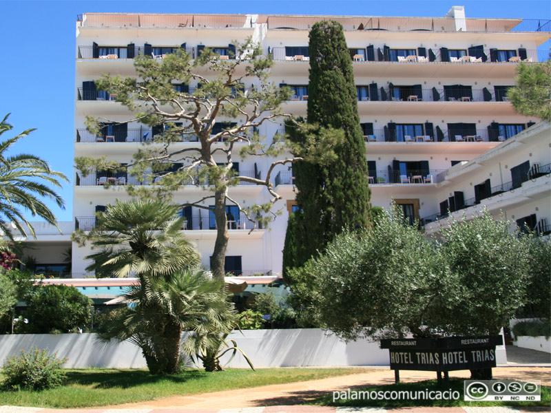 Els hotelers de la comarca esperen que en el pic de l'estiu podran garantir un 50 per cent de l'ocupació que van tenir l'estiu passat.