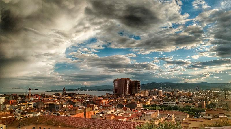 Fotografia de Palamós després de la tempesta d'ahir dijous. (Foto: Joan Torrelles)