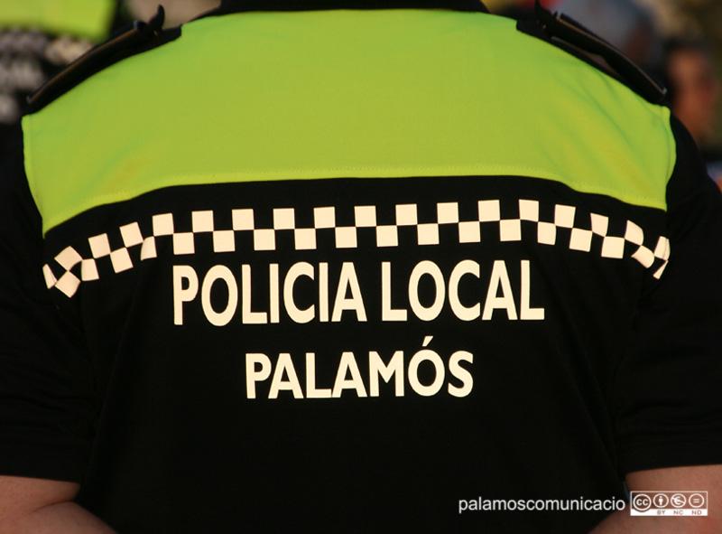 Després d'una recerca, la Policia Local va poder localitzar el presumpte agressor,