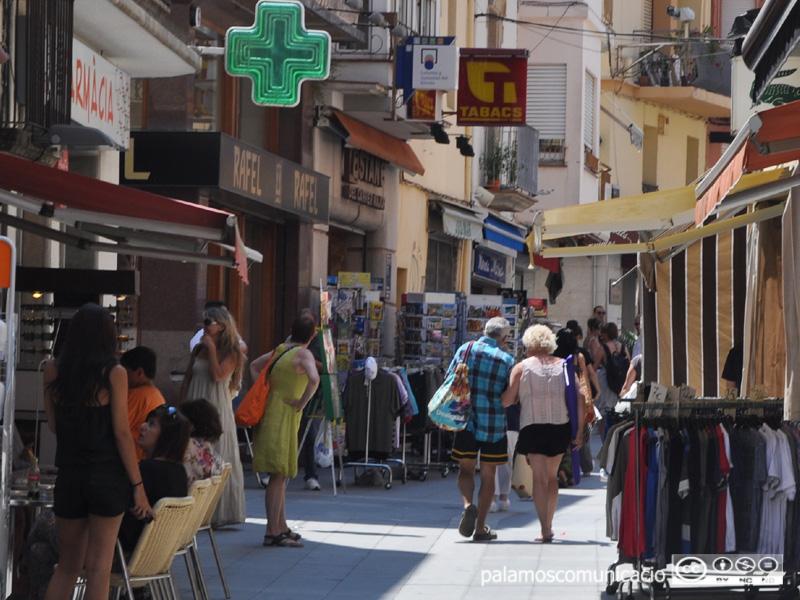 Comerços al carrer Major de Palamós.