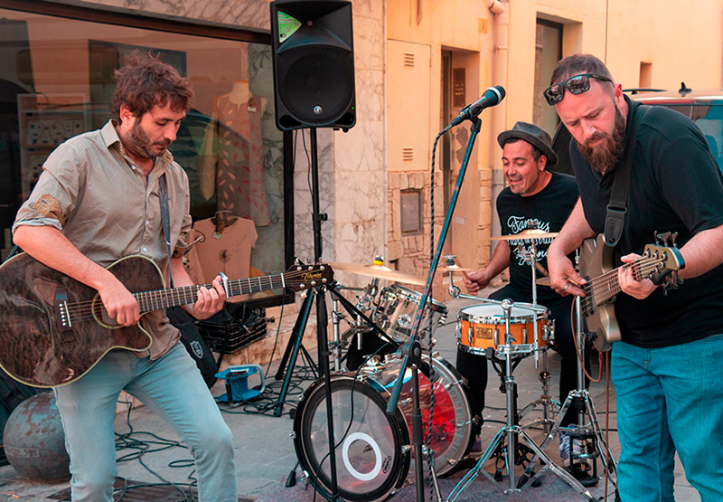 El grup Litus3 és el protagonista aquest vespre del segon concert de 'Quan el sol es pon'. (Foto: Helena Margarit).
