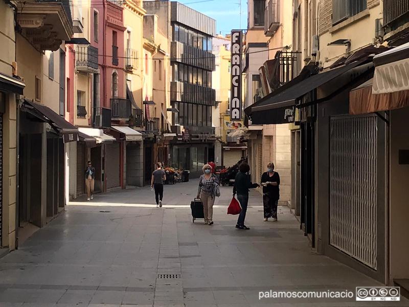 El carrer Major de Palamós, el passat mes de maig.