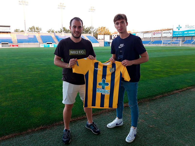 Pepe Ollé, a la dreta, amb el director esportiu del Palamós CF, Josep Rochés.