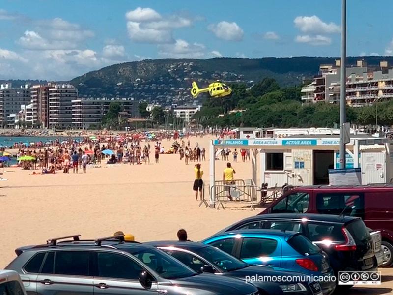 La dona va ser evacuada en helicòpter fins a l'hospital Josep Trueta, on aquesta matinada ha mort.