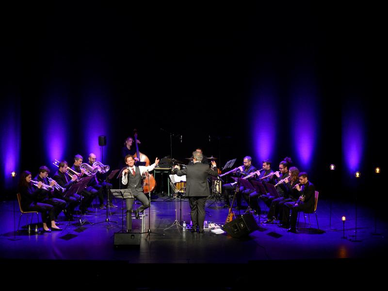 'LLUM, cançons, poemes i lluita', una de les actuacions del festival Amb So de Cobla programades per avui.