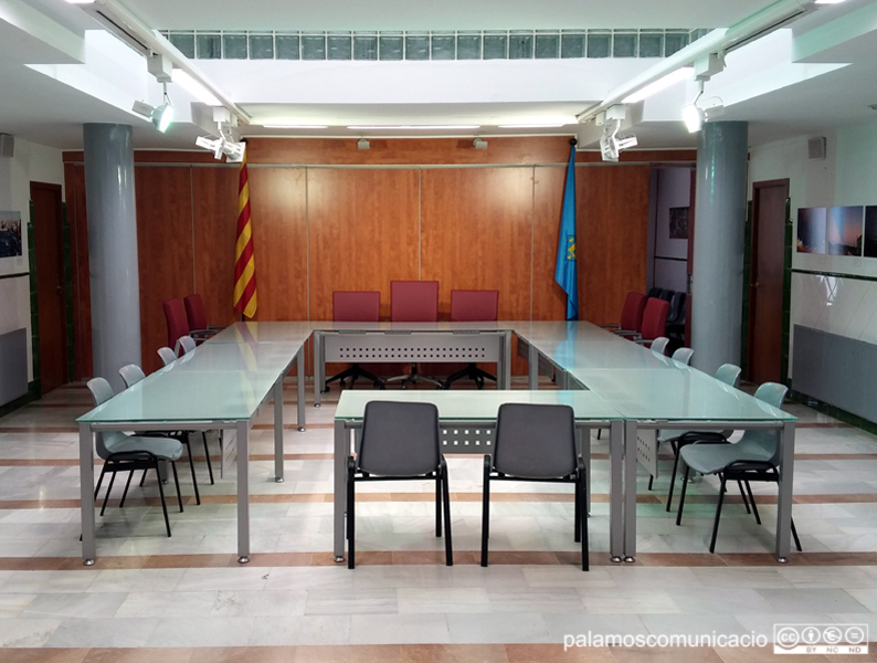 La Sala de Plens de l'Ajuntament de Palamós.