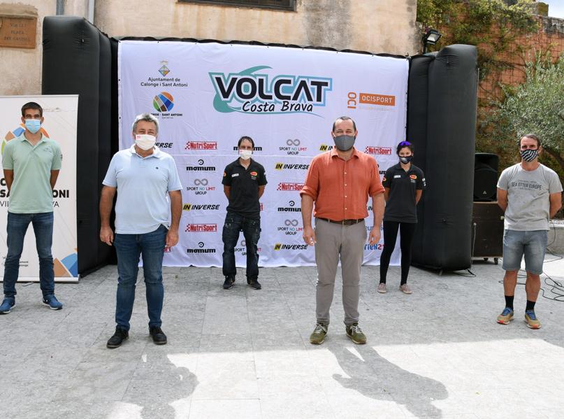Aquest matí s'ha fet la presentació de la cursa al castell de Calonge. (Foto: Ajuntament de Calonge i Sant Antoni).