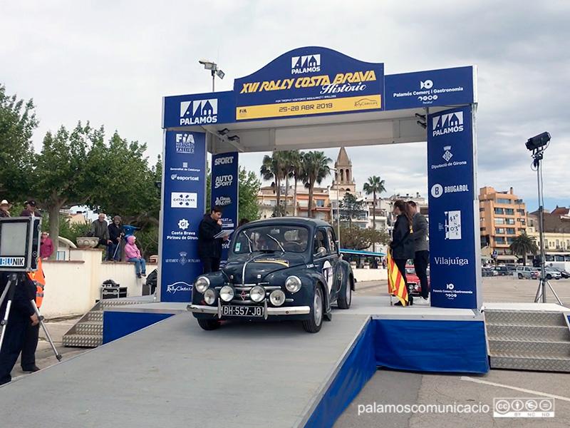 Imatge de l'any passat d'un dels vehicles participants en el Rally Costa Brava Històric.