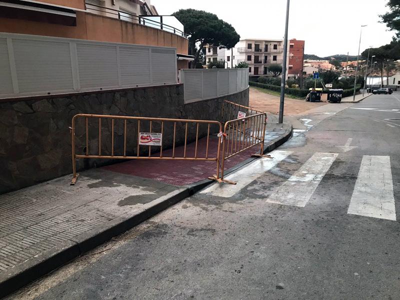 Tram de vorera de la carretera de la Fosca, entre els carrers de Josep Pla i el camí de l'església de Sant Joan. (Foto: Ajuntament de Palamós).