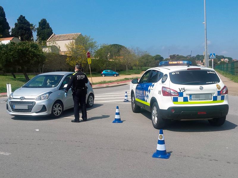 Imatge d'un control de la Policial Local de Palamós.