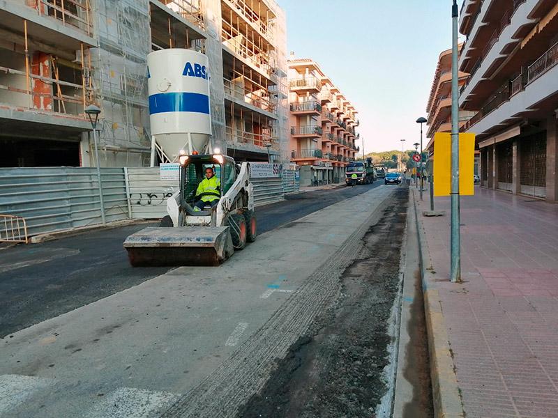 L'Avinguda Costa Brava de Sant Antoni, ja pavimentada. (Foto. Ajuntament de Calonge i Sant Antoni).