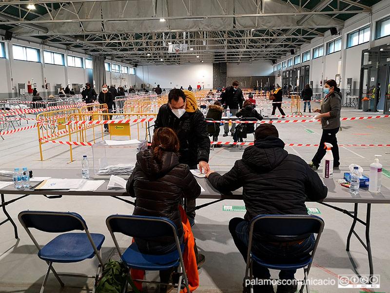 La Nau dels 50 metres va ser la seu única més gran de tot Catalunya a les eleccions d'aquest diumenge.