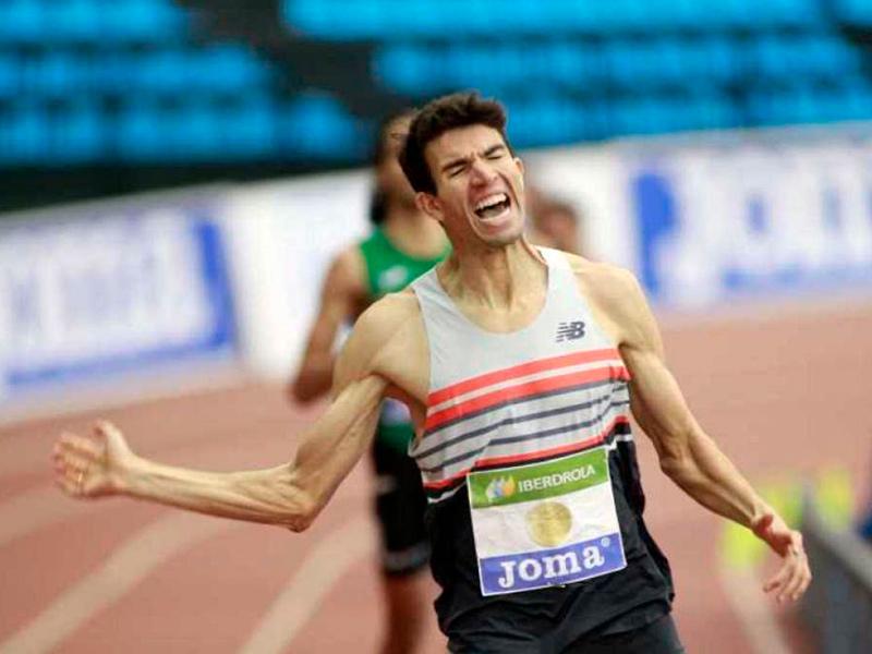 Adel Mechaal, campió estatal per cinquena vegada dels 3.000 metres. (Foto: rtve.es)