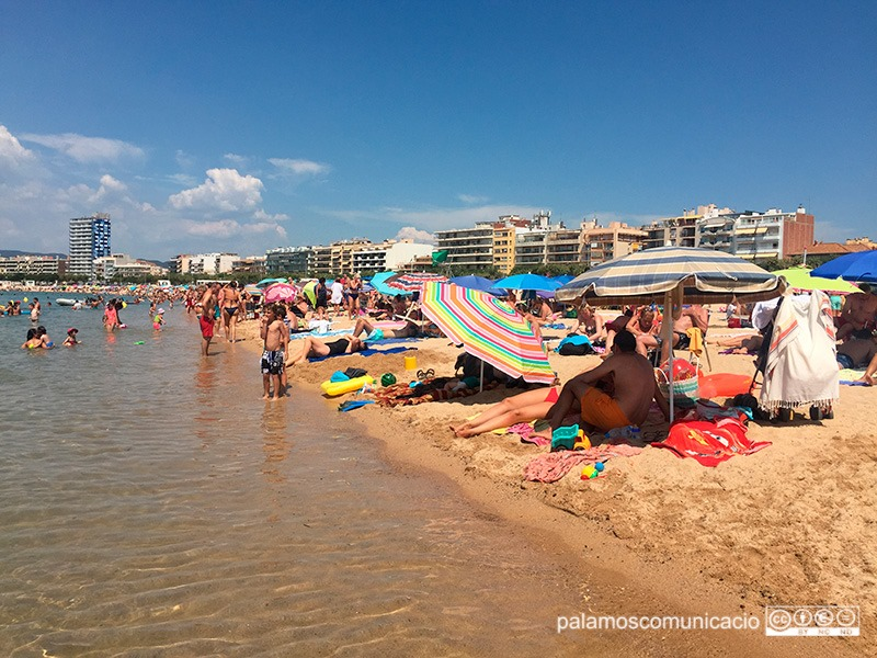 Imatge d'arxiu de la platja Gran de Palamós.