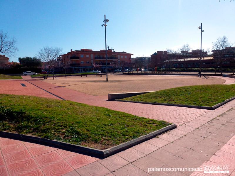 La plaça de Josep Sarquella.