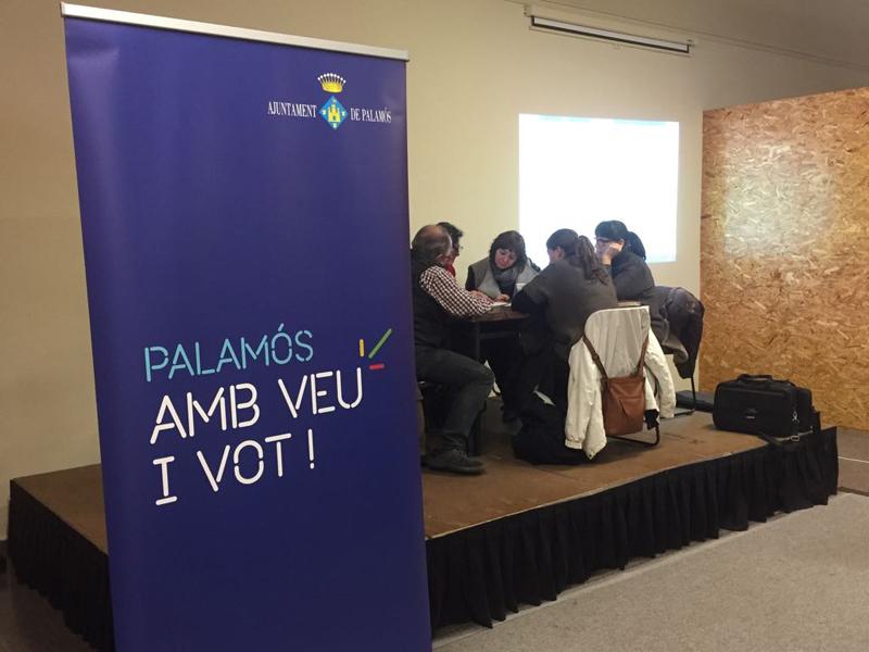Imatge d'arxiu del procés participatiu del pressupost de l'Ajuntament de Palamós de l'any 2018. (Foto: Ajuntament de Palamós).