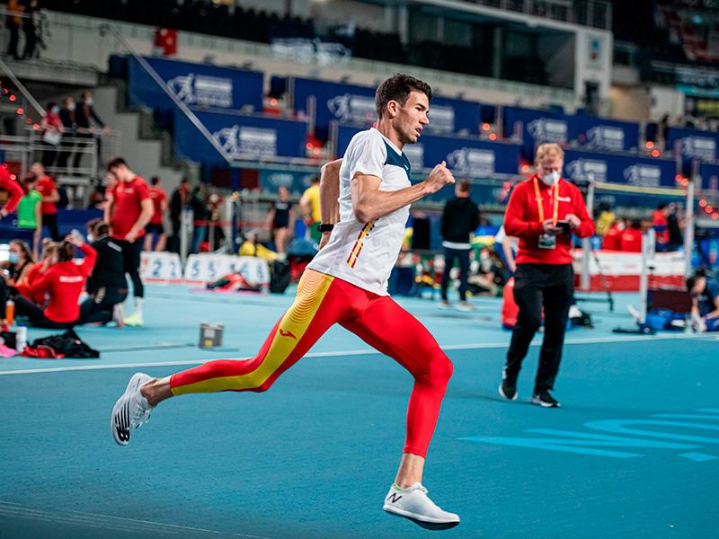 Adel Mechaal, en un entrenament aquesta setmana a Torun, Polònia. (Foto: instagram.com/adel.mechaal).