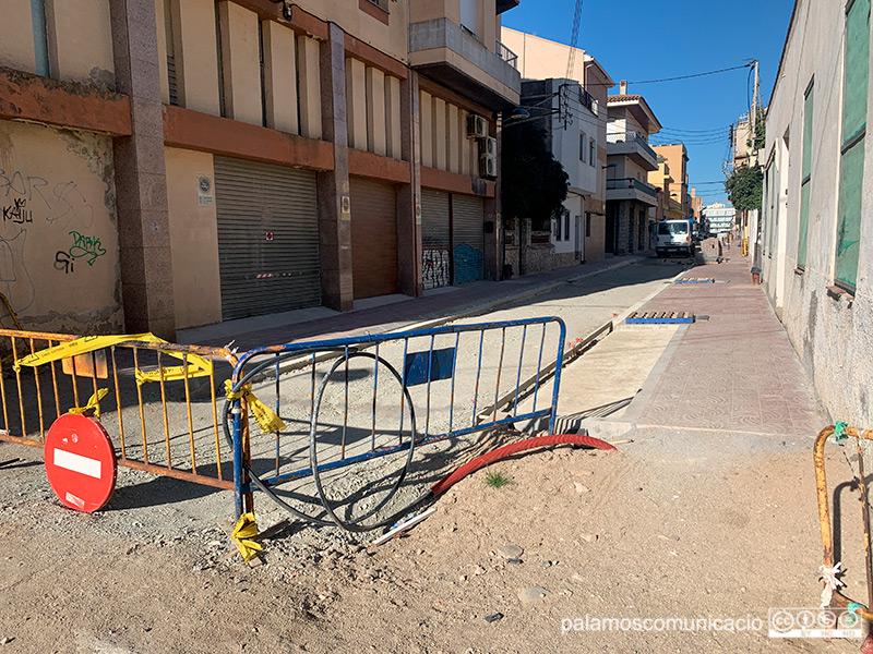 Estat de les obres al carrer Santa Bàrbara, aquest matí.