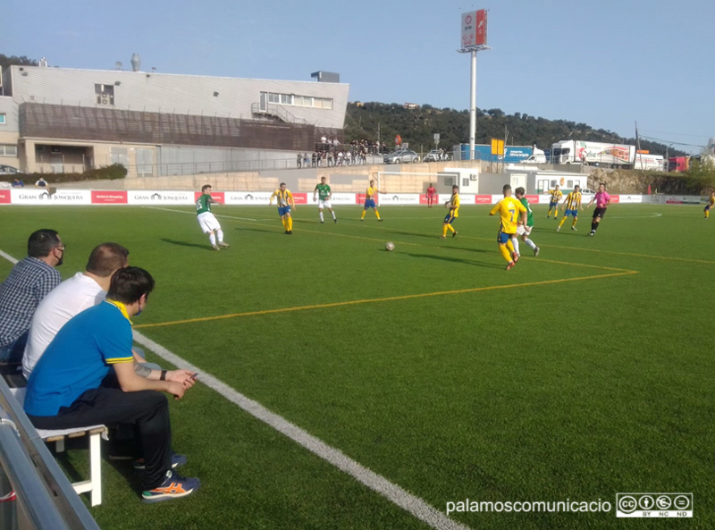 El Palamós ha aconseguit avui la tercera victòria de la temporada al camp de La Jonquera.