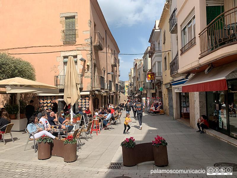 El carrer Major de Palamós, aquest divendres passat al migdia.