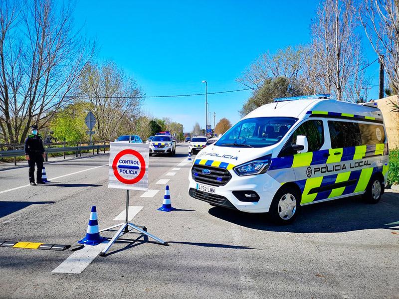 Policia Local i Mossos d'Esquadra vetllaran pel compliment del confinament comarcal. (Foto: Ajuntament de Palamós).