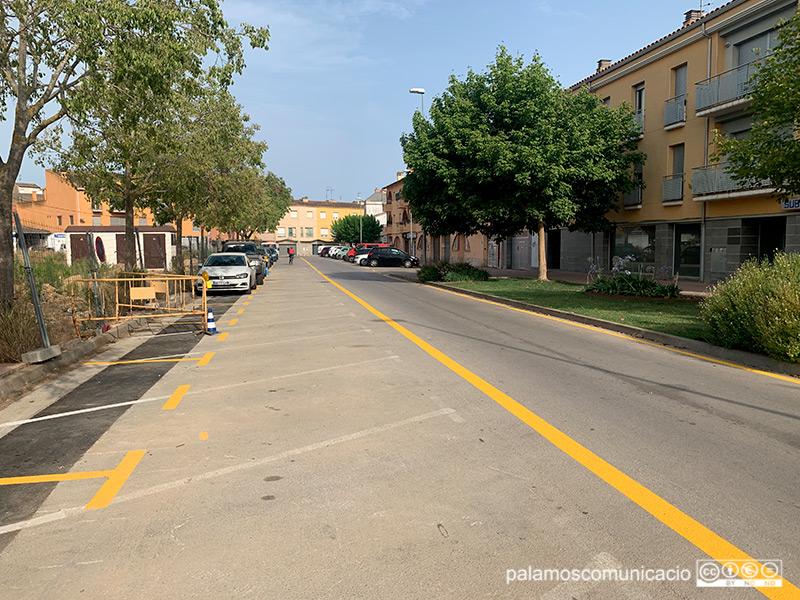 El carrer Rentadors ha passat a ser de doble sentit, des de l'encreument amb el carrer Vincke i fins a l'Avinguda de la Llibertat.