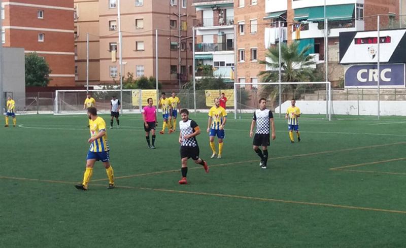 El Palamós CF guanya el segon partit de la temporada davant l'Horta 1-4. (Foto Txetxi Cortés)