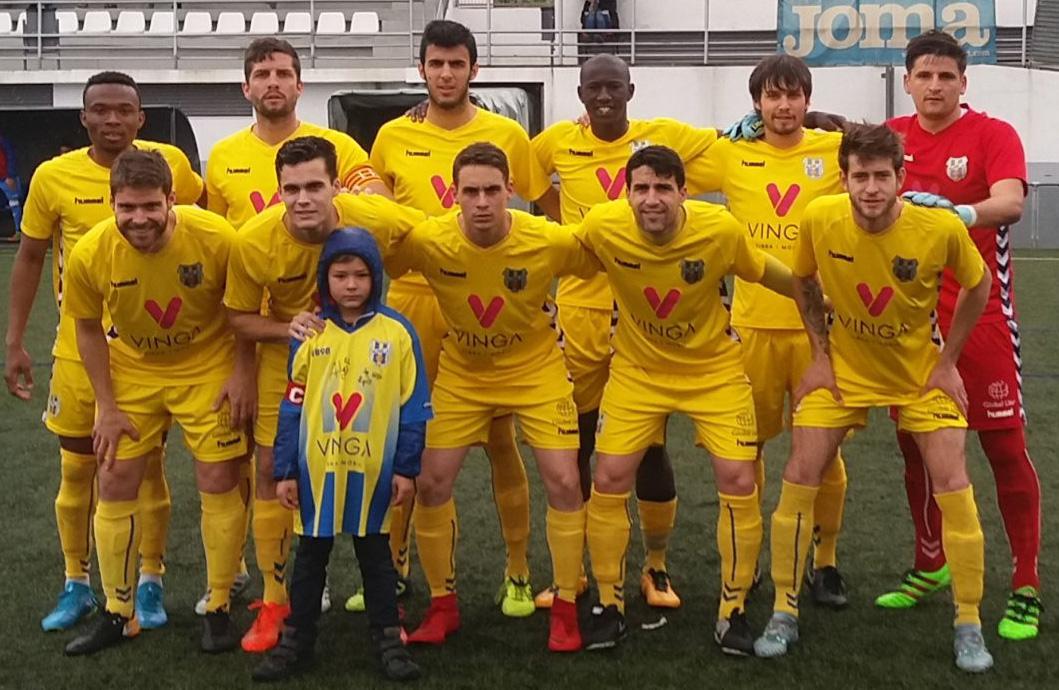 El Palamós ha caigut 3-2 davant el Prat i és equip de Primera Catalana (Foto: Sergi Cortés)