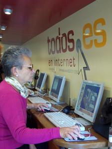 Una usuària de la campanya Tots.es