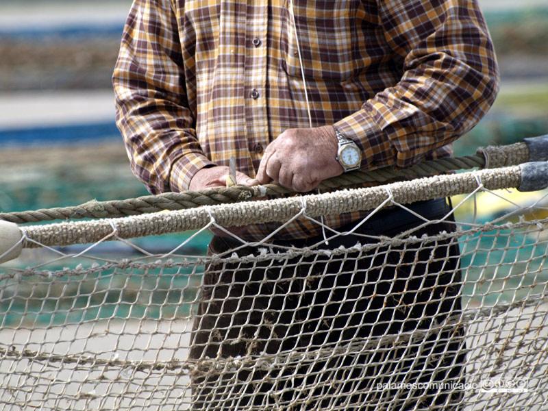 Les xarxes velles de pesca rebran un tractament específic.