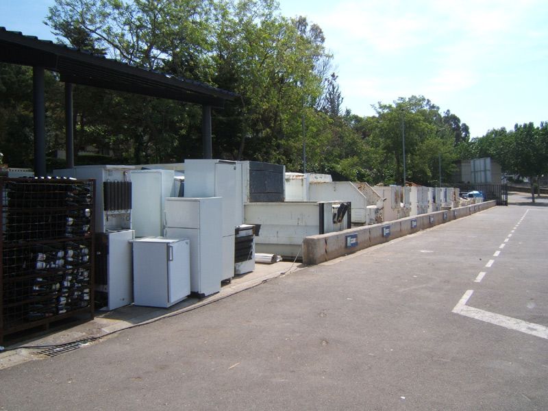 Imatge de la deixalleria municipal de Palamós, al polígon de Sant Joan. (Foto: Ràdio Palamós).