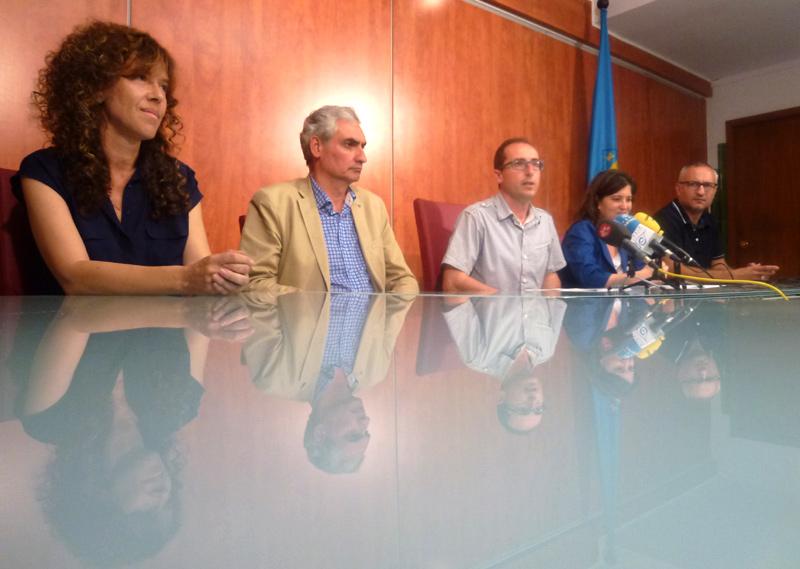 Presentació del nou cartipàs municipal, aquest migdia a l'Ajuntament de Palamós.