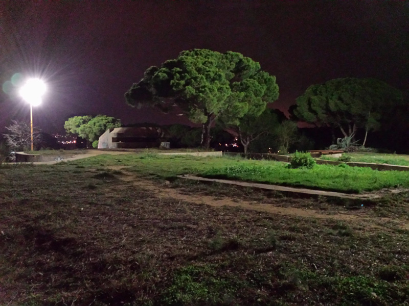 Enllumenat encès al parc del puig del Molí de Vent. (Foto: Ajuntament de Palamós).
