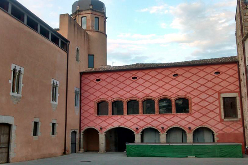 Una vista del castell de Calonge, que avui inaugura la seva reforma.