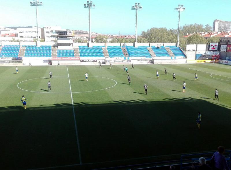 El Palamós ha certificat la permanència a la Tercera Divisió després de derrotar al Manlleu.