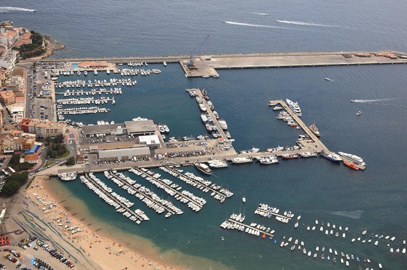 Vista aèria del port de Palamós.