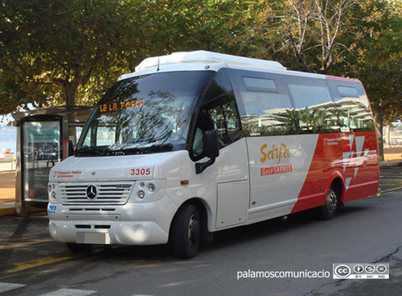 Un autobús de la companyia Sarfa, a Palamós.