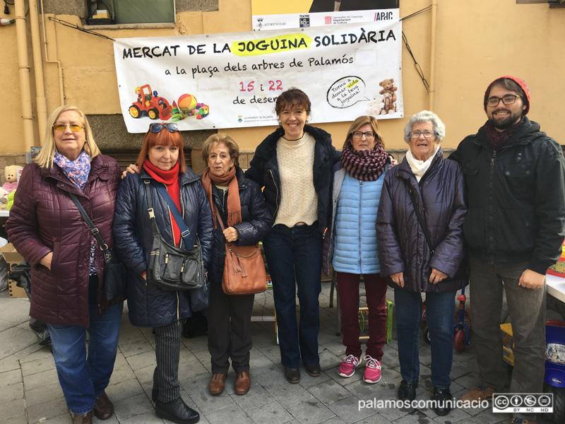 El Mercat de la Joguina Solidària s'instal·la demà novament a la plaça de la Roda.