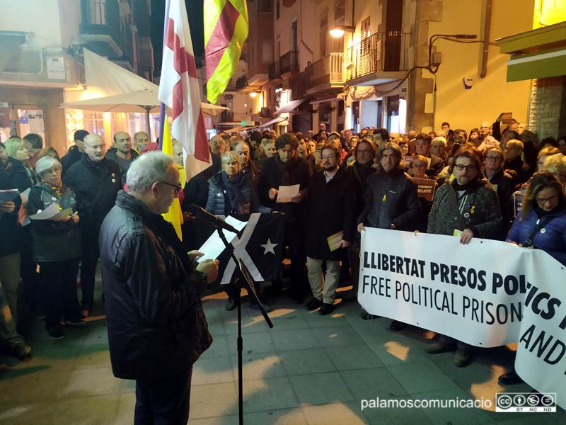 Darrera concentració a Palamós en protesta contra el judici als líders independentistes.