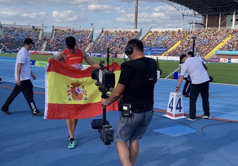 Mechaal es va imposar en la competició dels 3.000 metres llisos. (Foto: Adel Mechaal twitter).