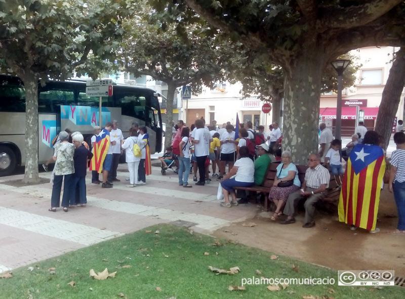 Sortida d'autocars des de Palamós cap a la manifestació de la Diada, en una imatge d'arxiu.