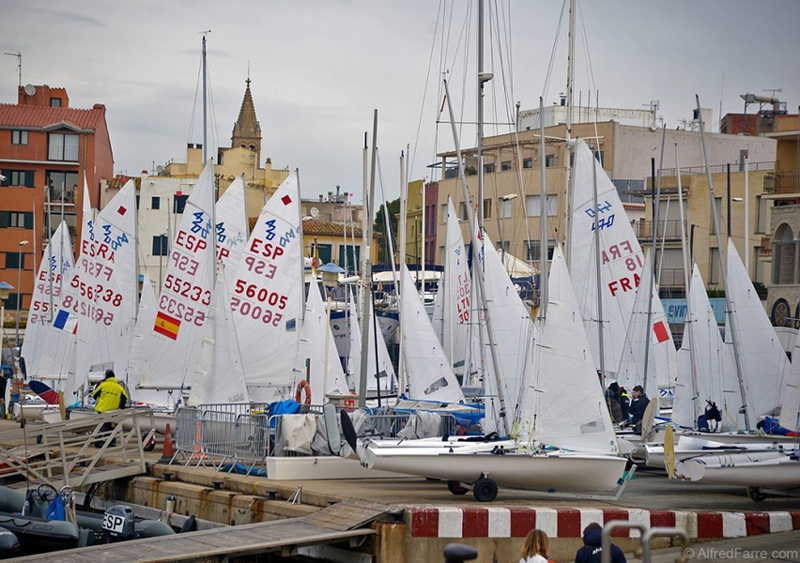 La pandèmia deixarà Palamós sense la icònica imatge de les veles de la Christmas Race. (Foto: A. Farré).