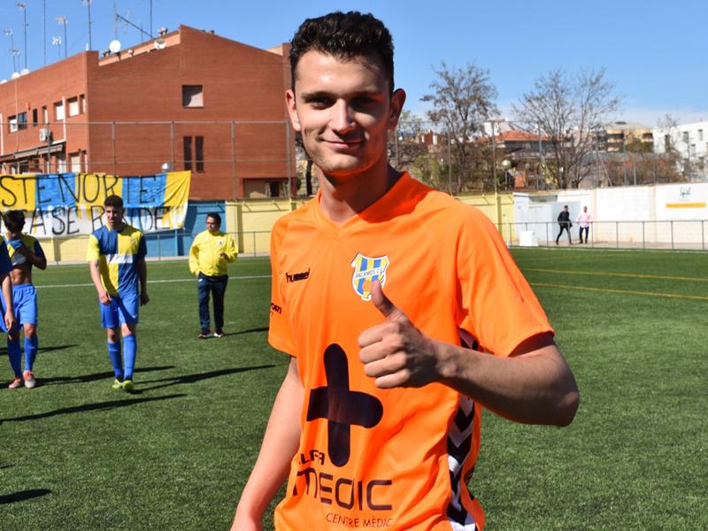 Imatge d'arxiu de Biel Pla, autor del gol del Palamós en el partit disputat ahir. (Foto: Sergi Cortés).