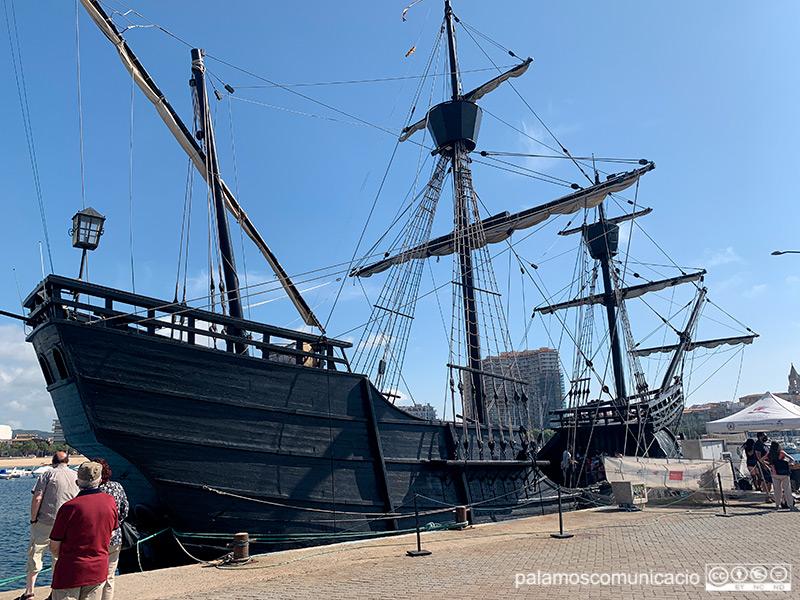 La Nao Victòria amarrada aquest matí al port de Palamós.