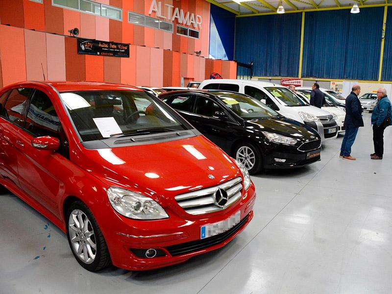Es posen a la venda un total de 100 vehicles d'ocasió i quilòmetre zero. (Foto: Ajuntament de Calonge i Sant Antoni).