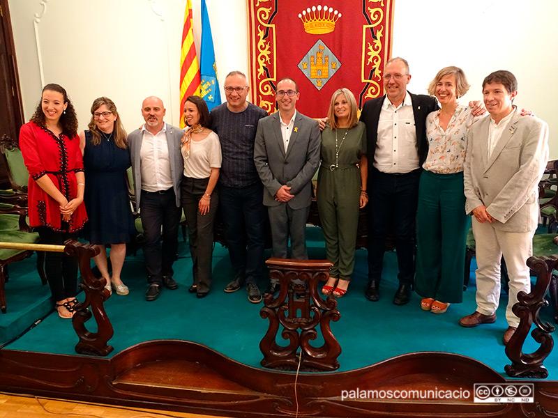 Els regidors i regidores de l'equip de govern de Palamós el dia de l'investidura, avui fa dos anys.