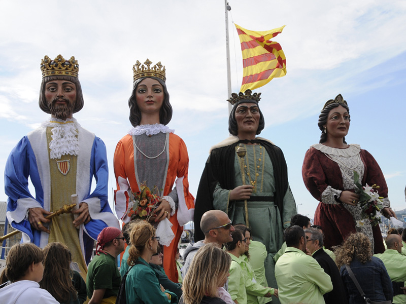 Els Gegants acompanyaran avui la lectura del pregó. (Foto: Josep Lois).